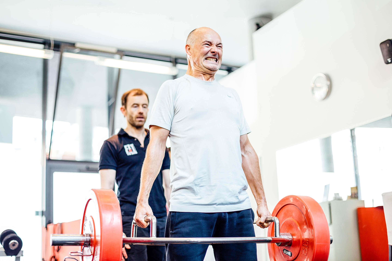 Hol dir Motivation von deinem Personal Trainer und wachse über dich hinaus